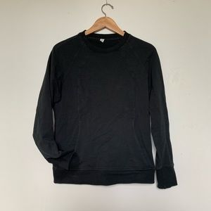 lululemon sweatshirt with front pocket!